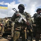 Ukrainske soldater under en antiterroroperasjon i 2016.