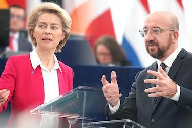Ursula von der Leyen og Charles Michel.
