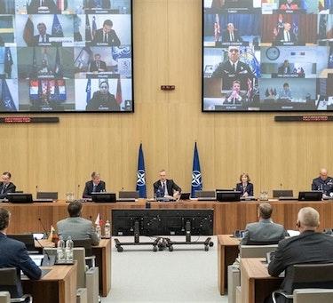 KORONAFOKUS: Den 15. april gjennomførte forsvarsministrene i NATO en videokonferanse for å diskutere hvordan medlemslandene håndterer koronasituasjonen.