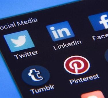 Flere land, men også grupperinger, bruker sosiale medier til påvirkning og overvåkning.