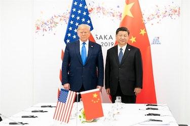 Donald Trump og Xi Jinping har begge gjort sitt for å forstyrre den liberale verdensorden. Det skremmer Tyskland, skriver Bundt.