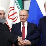 President i Iran, Hassan Rouhani, sammen med president Vladimir Putin og president Recep Tayyip Erdogan