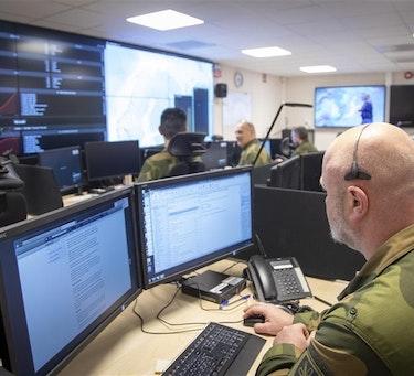 Fra Cyberforsvarets operasjonssenter på Jørstadmoen