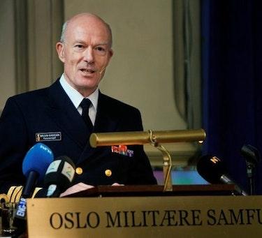 Forsvarssjef Admiral Haakon Bruun-Hanssen holder sin årlige tale i Oslo Militære Samfund