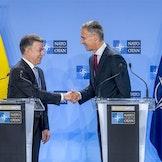 Colombias president Juan Manuel Santos og NATOs generalsekretær Jens Stoltenberg i Brussel i mai 2018