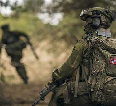 Norsk soldat under øvelsen Saber Strike i Latvia i 2018
